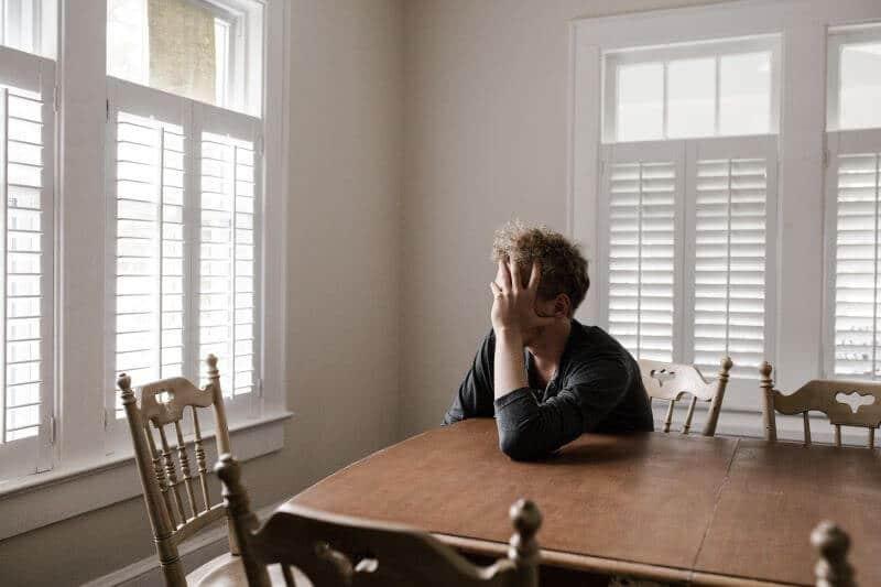 depressed man cbd depression